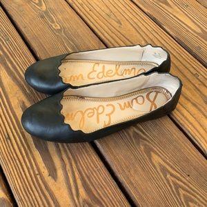Sam Edelman Black Finnegan Scallop Ballet Flats